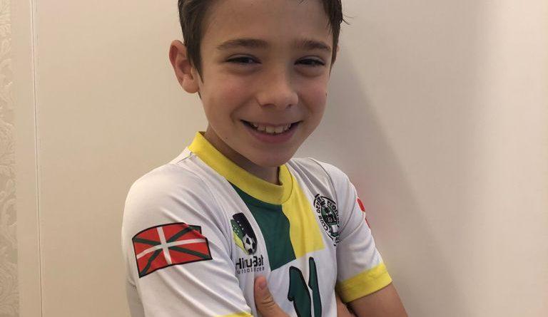 Gure jokalaria Iker Elizondo Athletic Club-era! / ¡El Athletic Club incorpora a nuestro jugador  Iker Elizondo!